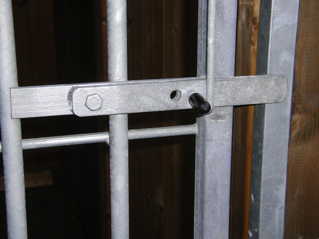 Hundezwinger Rohrstabelement Preisstar mit Tür, 1,84 x 1,5 m   Rohrabstand 8 cm