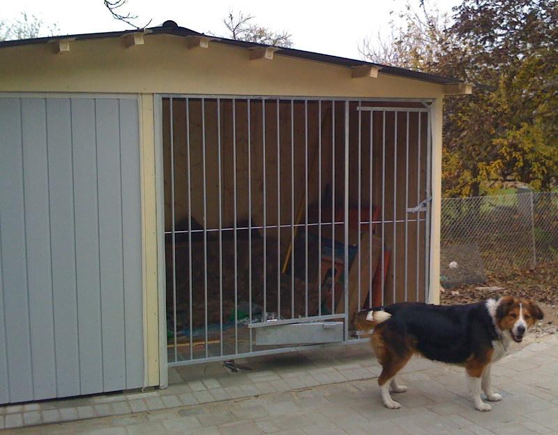 Hundezwinger Rohrstabelement Preisstar mit Tür und Futterset, 1,84 x 2,0 m | Rohrabstand 8 cm