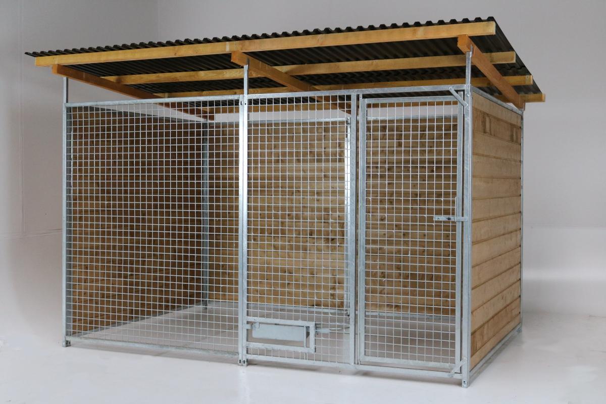 Home Gitter-Zwinger 2 x 4 m inkl. Futterset   3-seitig geschlossen   braun imprägniert   Gitter 5x5 cm